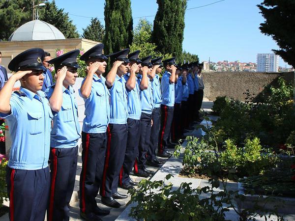 Milli Qəhrəman Mübariz İbrahimovun məzarı ziyarət edilib - FOTO