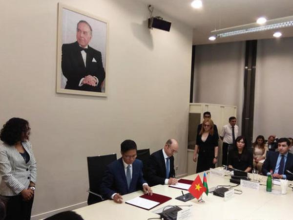 Azərbaycan və Vyetnam hökumətlərarası komissiyanın protokolu imzalandı