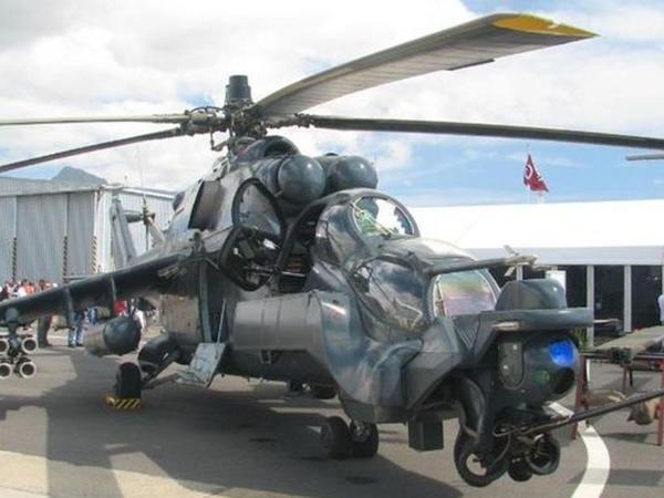 Azərbaycan yeni hərbi helikopterlər alıb - VİDEO