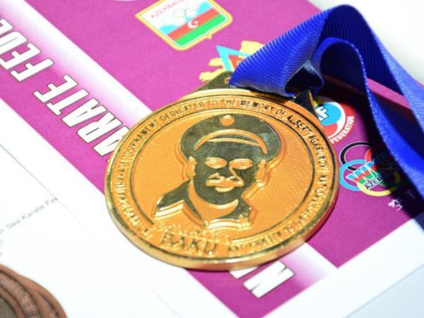 Albert Aqarunovun xatirəsinə həsr olunmuş beynəlxalq turnir keçirilir - FOTO