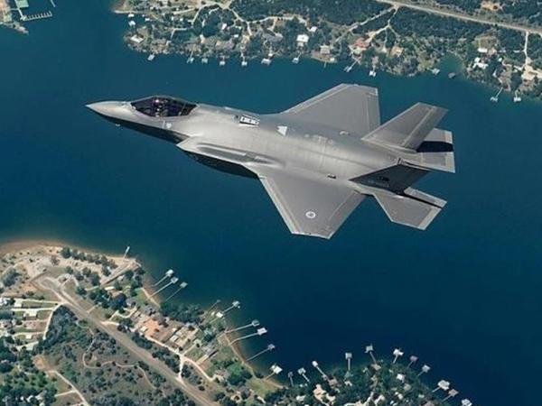 """Türkiyə ilk """"F-35"""" qırıcılarını qəbul etdi - VİDEO - FOTO"""