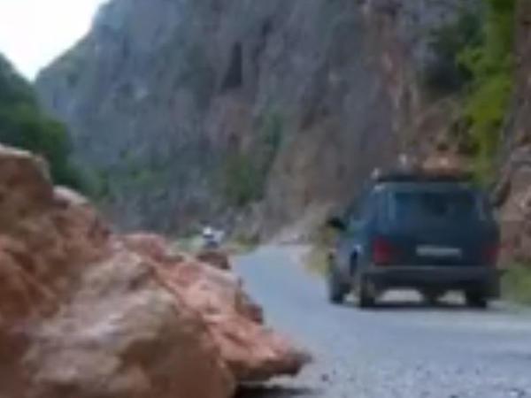 Bu yoldan istifadə TƏHLÜKƏLİDİR - VİDEO - FOTO
