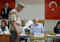 Ərdoğan Türkiyədə keçirilən prezident seçkilərində liderlik edir