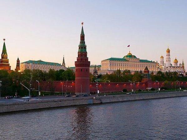 İspan nazir: Rusiya geri döndü...