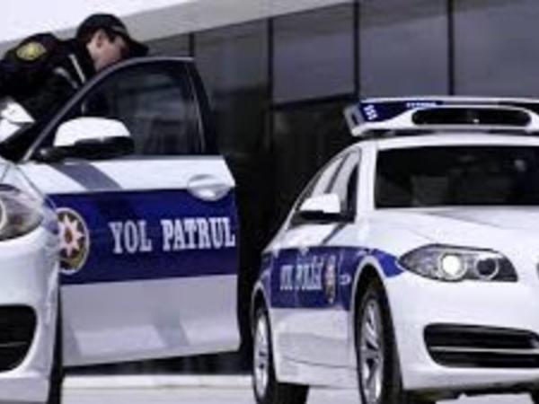 Qəzanı digər sürücülər avtomobili saxlayıb çəkə bilərmi? - VİDEO