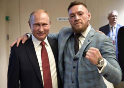 """İrlandlı Putinə &quot;Dövrümüzün ən böyük lideri&quot; dedi, <span class=""""color_red"""">ingilislər özündən çıxdılar - FOTO</span>"""