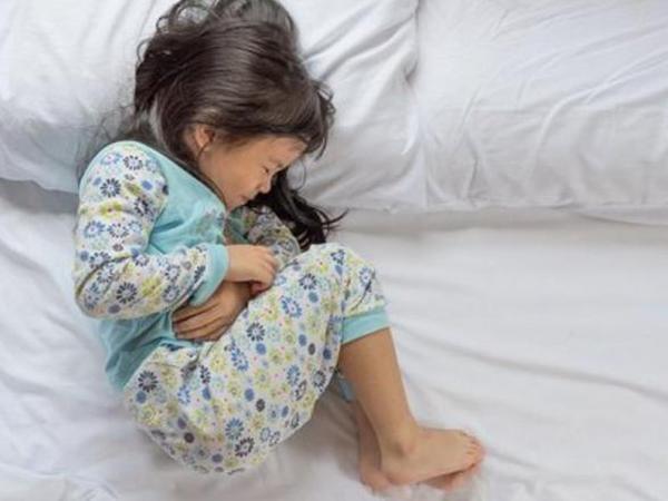 Uşaqlarınızda bu əlamətlər varsa, MÜTLƏQ... - Baş pediatrdan VACİB XƏBƏRDARLIQ