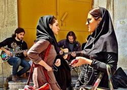 """İranda """"Instagram""""a görə kütləvi həbslər başlayıb"""