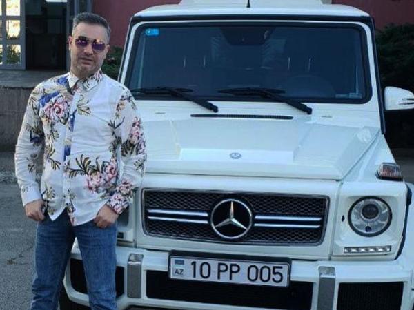 Rüfət bahalı avtomobilini nümayiş etdirdi - FOTO