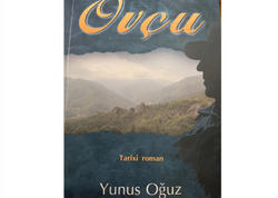 """Yazıçı-publisist Yunus Oğuzun """"Ovçu"""" tarixi romanının müzakirəsi keçirilib"""