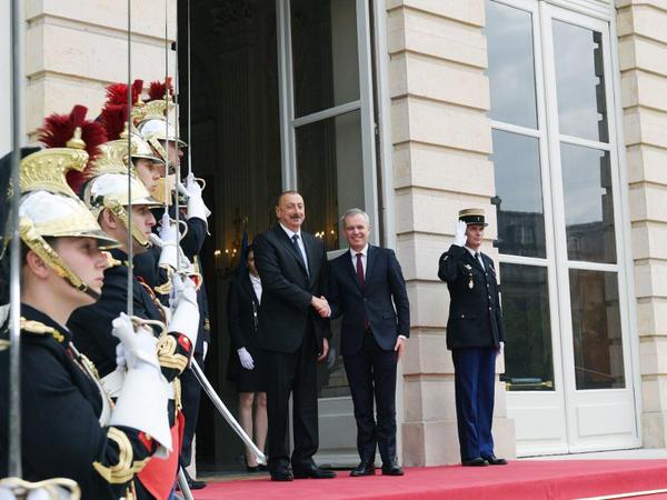 Prezident İlham Əliyevin Fransa Milli Assambleyasının sədri Fransua de Rüji ilə görüşü olub