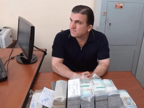 Sarkisyanın şəxsi cangüdəni 2 mln. dollar girov müqabilində azadlığa buraxılacaq