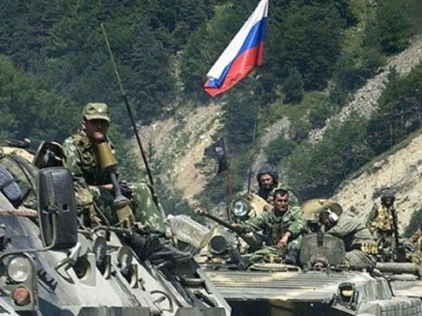 Rusiya ordusu Ermənistanda təlimlərə başladı