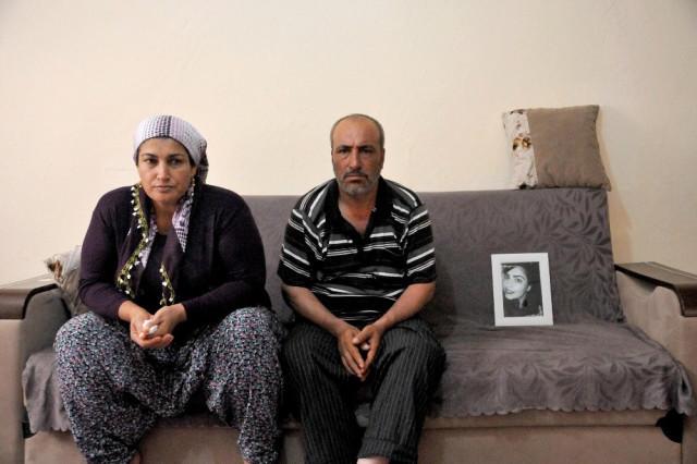 13 gündür yoxa çıxan 17 yaşlı qız anasına zəng edərək, internetdə tanış olduğu oğlanla İstanbulda evləndiyini dedi - Fotolar