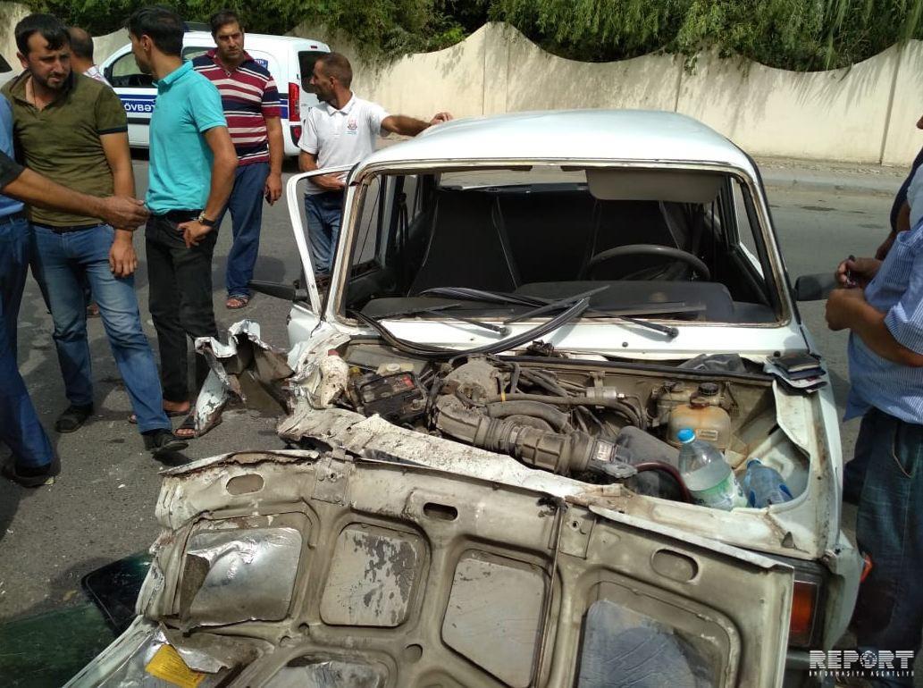 Bərdədə iki avtomobil toqquşdu, yaralılar var - FOTO