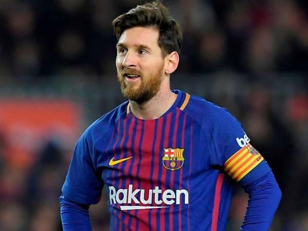 """""""Kapitan olmaq böyük şərəfdir"""" - <span class=""""color_red"""">Lionel Messi</span>"""