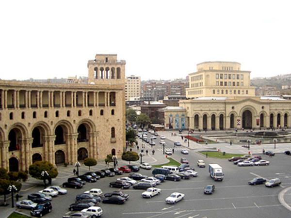 """Kiçik Ermənistanın böyük iştahası – <span class=""""color_red"""">qonşu ölkələrə ərazi iddiaları davam edir</span>"""