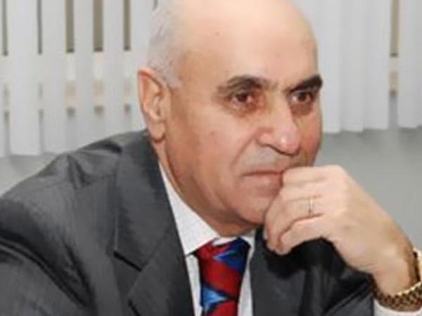 """""""Ermənistan Paşinyanın yolu ilə getsə..."""" - <span class=""""color_red"""">Rasim Ağayev</span>"""