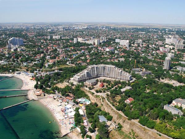 Azərbaycan Xarkov və Odessada ticarət evləri açacaq