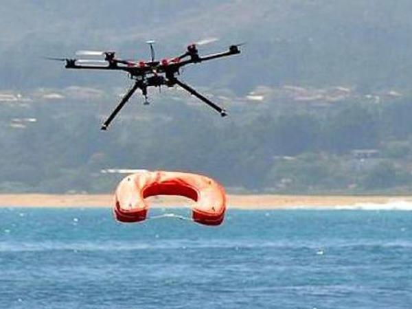 İspaniyada dənizdə batan qadını dron xilas etdi - VİDEO