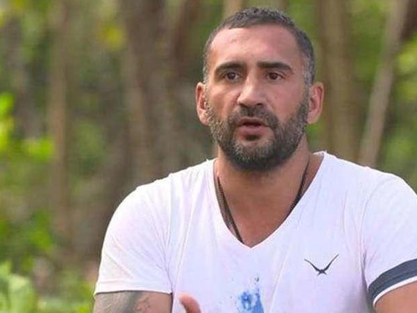 Məşhur türkiyəli futbolçu soyuldu