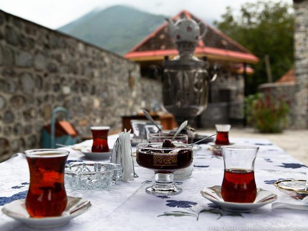 Ticarət nümayəndəsi: Çayın vətəni Çin olsa da, çinlilər Azərbaycanın qara çay növlərinə maraq göstərir