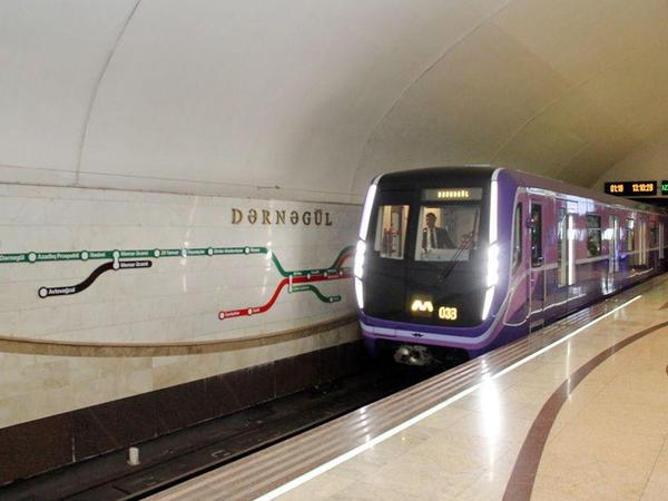 """Bakı metrosunda iki soyğunçu tutuldu - <span class=""""color_red"""">biri qadındır</span>"""