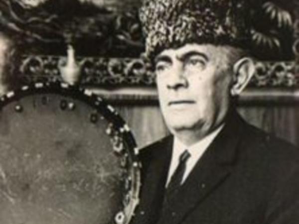 """Azərbaycan muğamının """"Xan""""ı"""