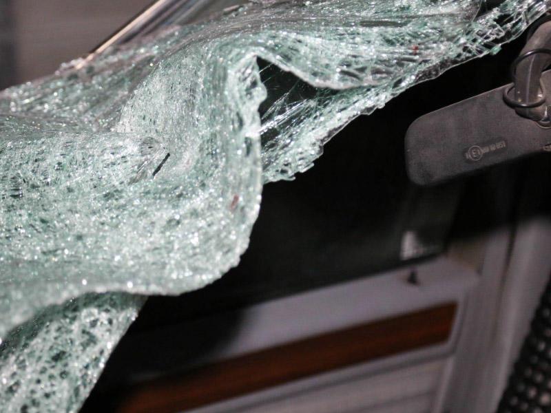 Avtomobili avtobusa çırpan sürücünün cinayət işində 32 zərərçəkmiş var