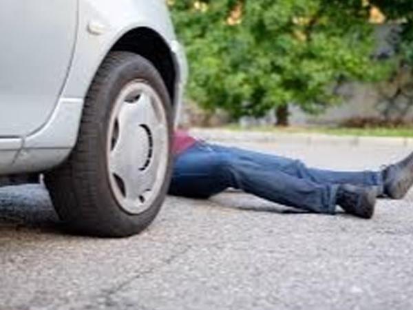 Gəncədə avtomobil piyadanı vurub öldürdü