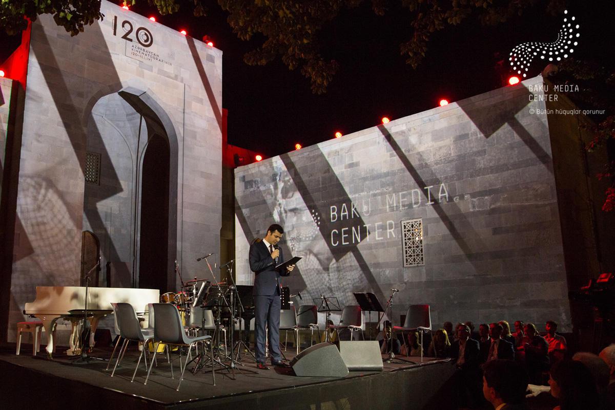 Arzu Əliyeva Azərbaycan kinosunun 120 illiyinə həsr olunmuş musiqi axşamında iştirak edib - FOTO