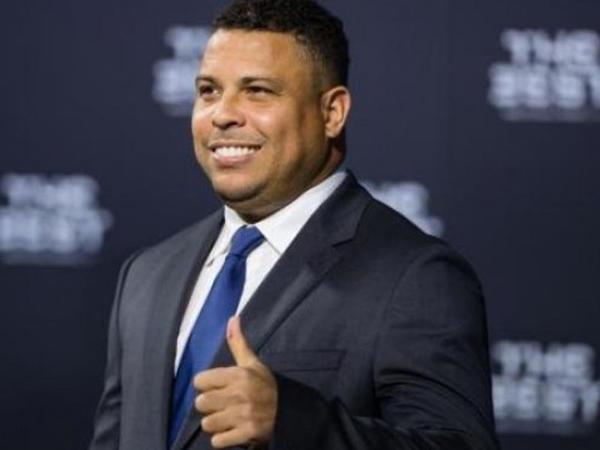 Ronaldo baş məşqçinin müqaviləsini yenilədi