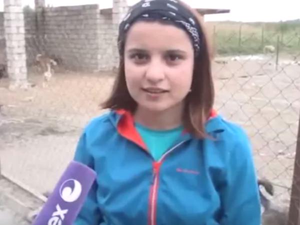 Azərbaycanda iki bacıdan örnək addım - VİDEO