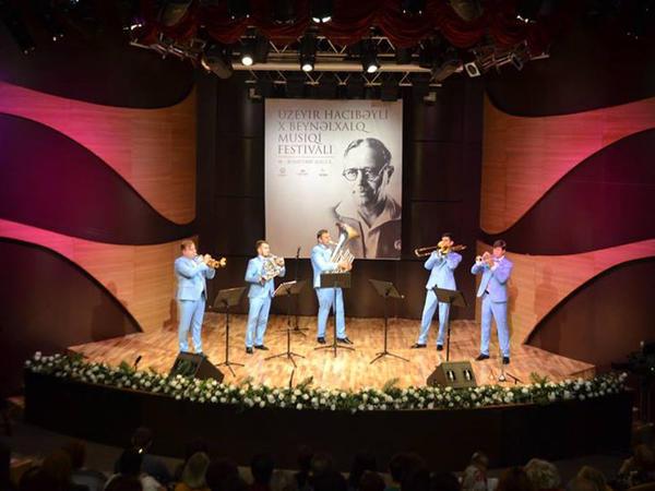 """Beynəlxalq Muğam Mərkəzində """"New life Brass"""" kvintetinin konserti keçirildi"""