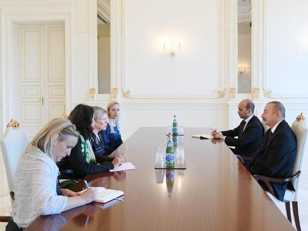 Prezident İlham Əliyev NATO baş katibinin müavininin rəhbərlik etdiyi nümayəndə heyətini qəbul edib