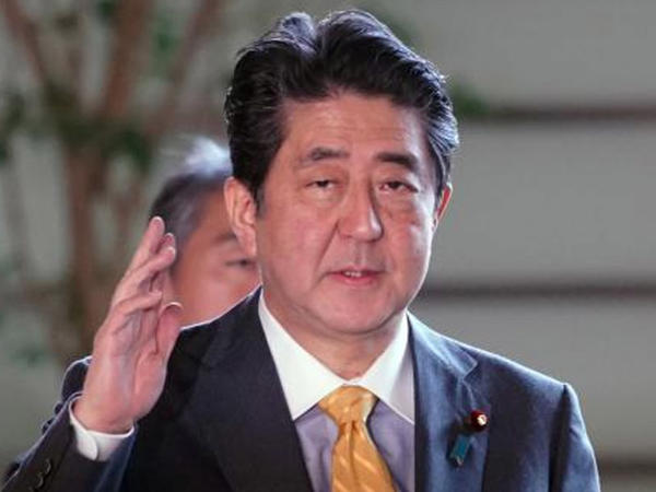 Abe yenidən sədr seçildi