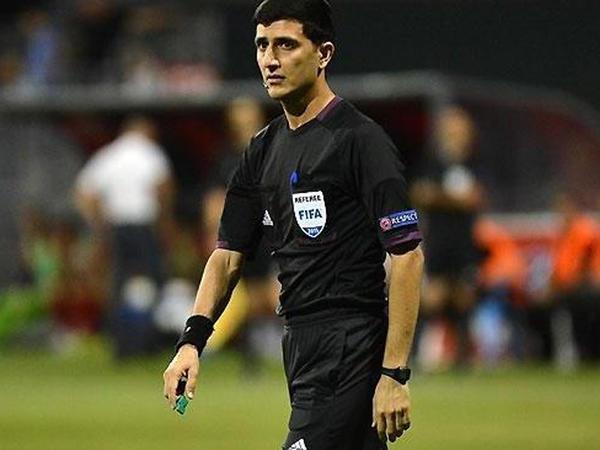 Əliyar Ağayevdən 1 penalti, 4 sarı vərəqə