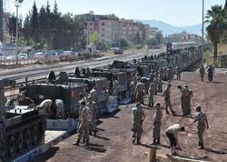 Türkiyə Suriya ilə sərhədə hərbi texnika yığır