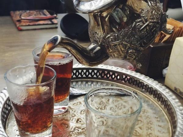 Ayrı-ayrı ölkələrdə çay necə içilir? - FOTO