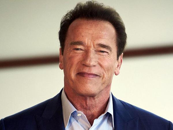 "Onun Arnold Şvarsneggerin oğlu olduğuna inanmayacaqsınız - <span class=""color_red"">FOTO</span>"