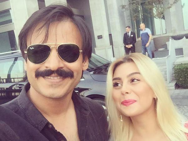 """Azərbaycanlı aktrisa məşhur hind aktyoru ilə - <span class=""""color_red"""">FOTO</span>"""