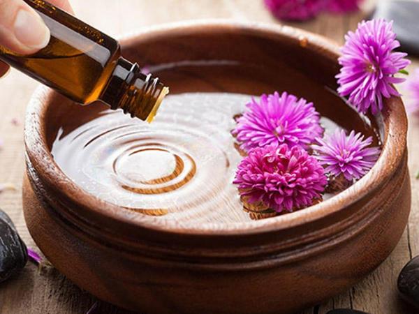Çinar yarpağı və zanbaq yağı yanıq yaraları zamanı faydalıdır