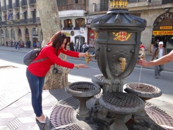 Kataloniyada sudan pulsuz istifadə üçün imza toplayırlar