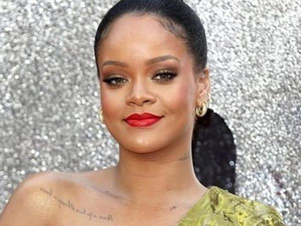 Rihanna Barbadosun fövqəladə və səlahiyyətli səfiri seçildi