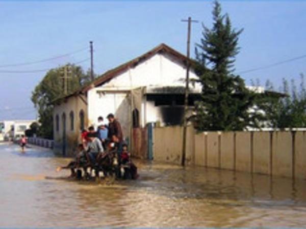 Tunisdə daşqınlar bir neçə nəfərin həyatına son qoyub