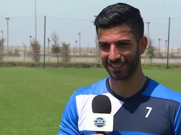Azərbaycanlı məşhur futbolçu oteldən oğurluq edib - VİDEO