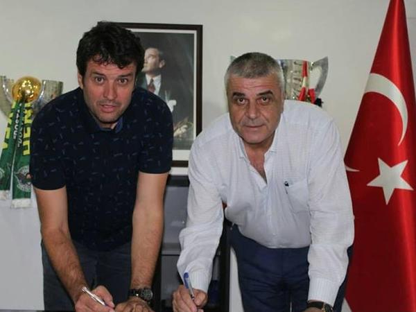 Türkiyə klubunda yeni baş məşqçi