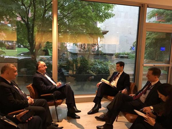 Elmar Məmmədyarov Nyu-Yorkda ABŞ Dövlət Katibinin köməkçisi ilə görüşdü