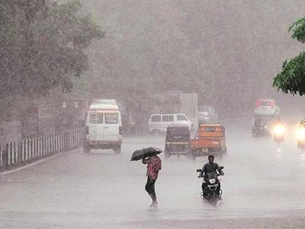 Hindistanda leysan yağışlar: ən azı 11 nəfər həlak olub
