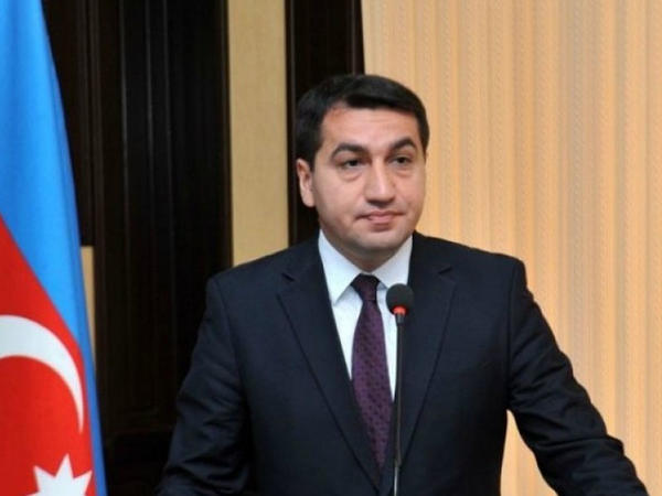 """PA rəsmisi: """"Nikol Paşinyan Yerevan küçələri ilə BMT Baş Assambleyasının kürsüsünü qarışıq salıb"""""""